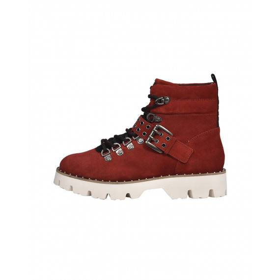 Stiefel in Rot