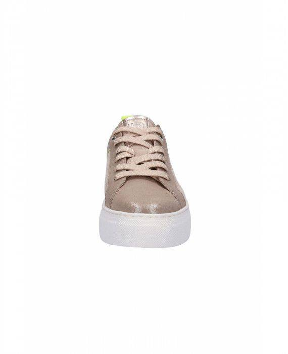 Sneaker in Taupe