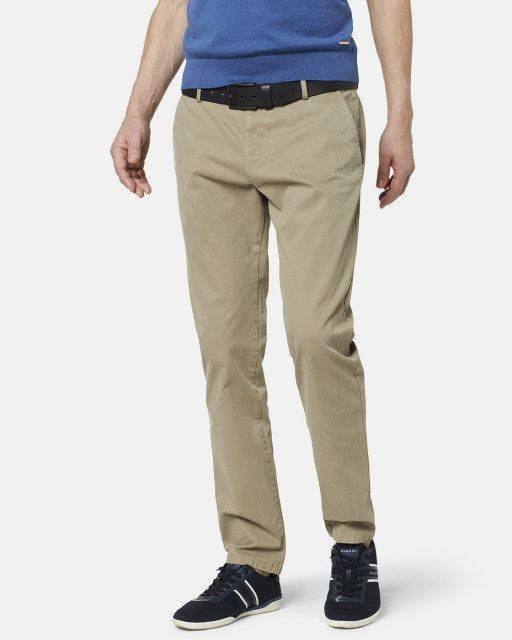 Flat front trouser in khaki