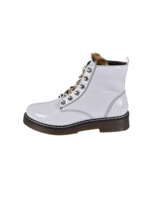 Lace-up boots in white