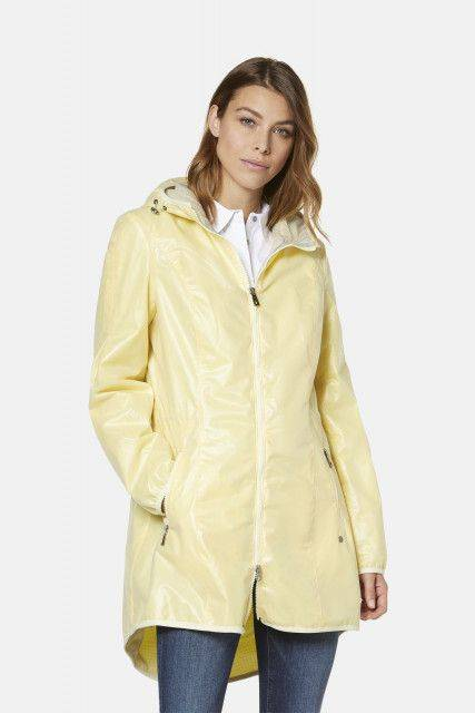 Parka in yellow