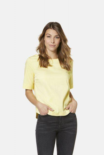 Shirt-blouse in yellow