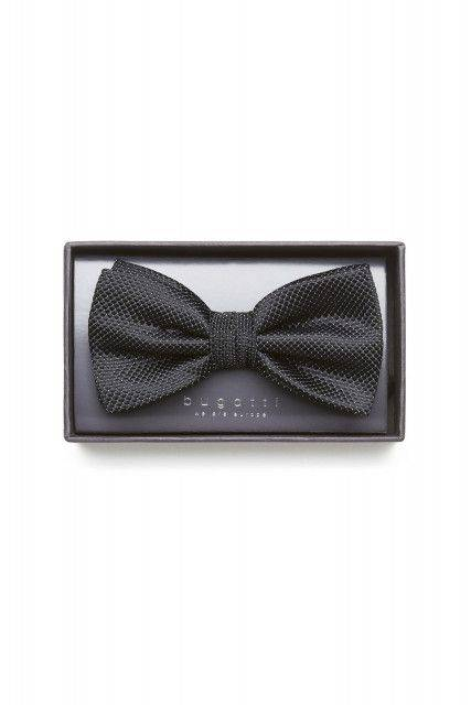 Bow tie in black