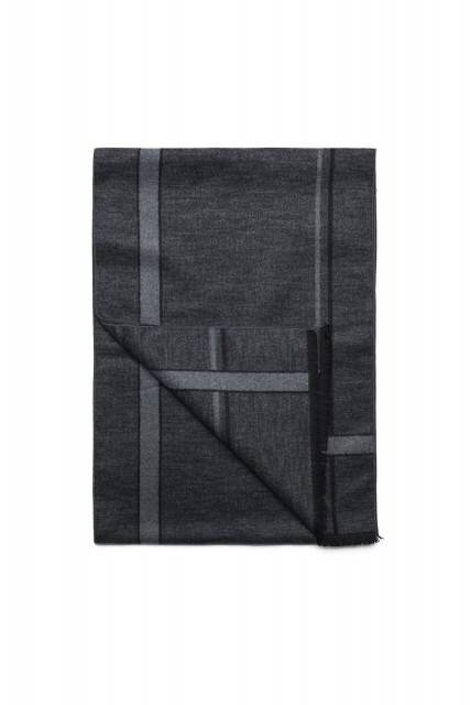 Scarf in dark grey