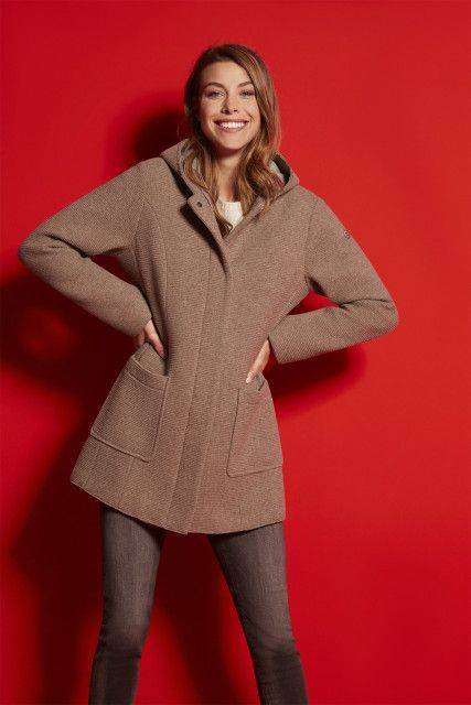 Wool coat in beige
