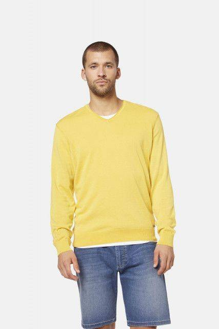 Jumper in yellow