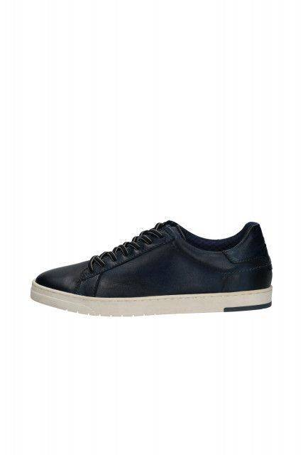Sneakers in dark blue