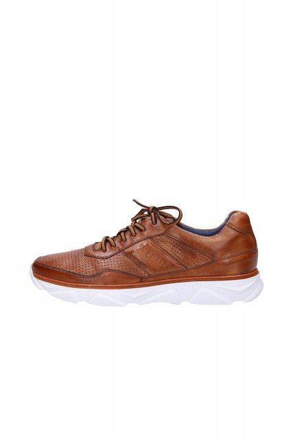 Sneakers in cognac