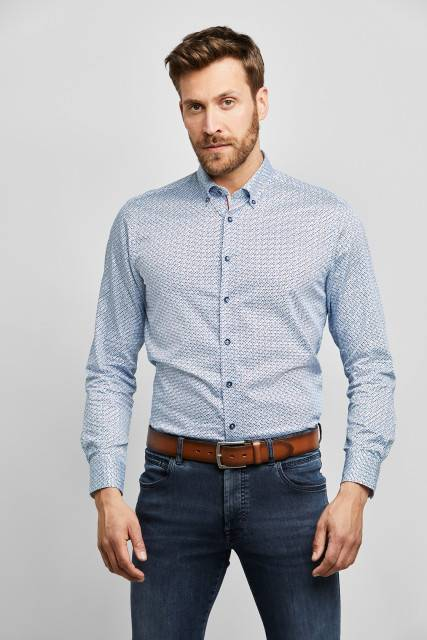 Casual shirt in light blue