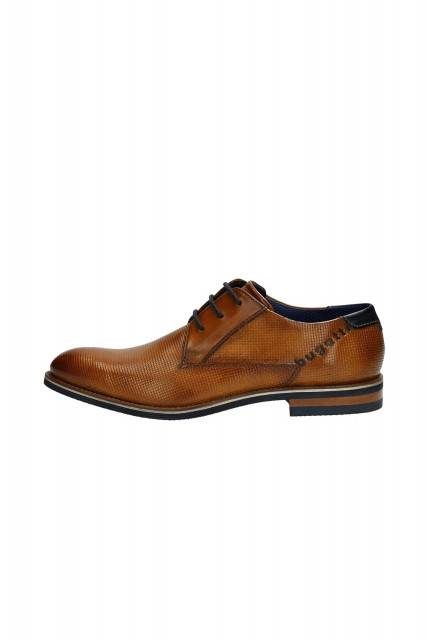 Business lace-ups in cognac