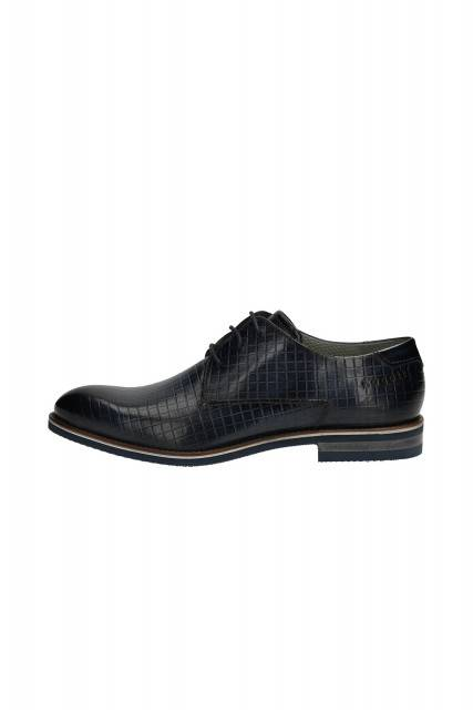 Business lace-ups in blue