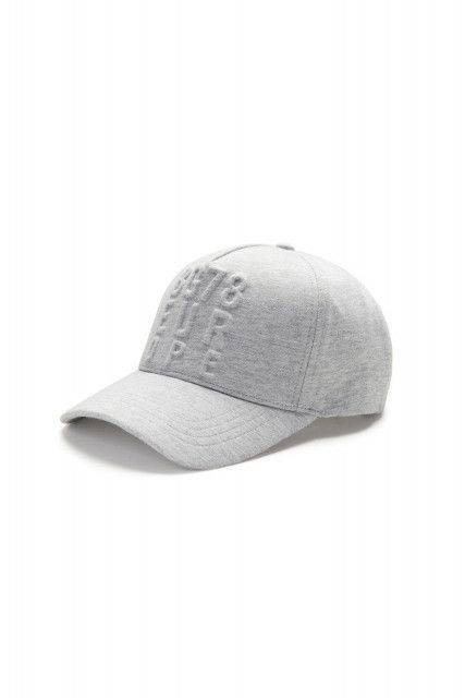 Baseball cap in light grey