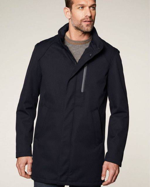 Coat in dark blue