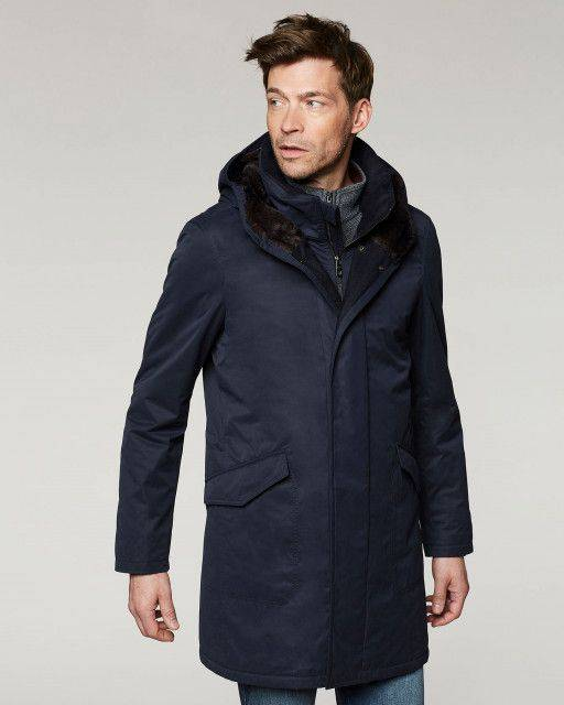 Coat in navy blue