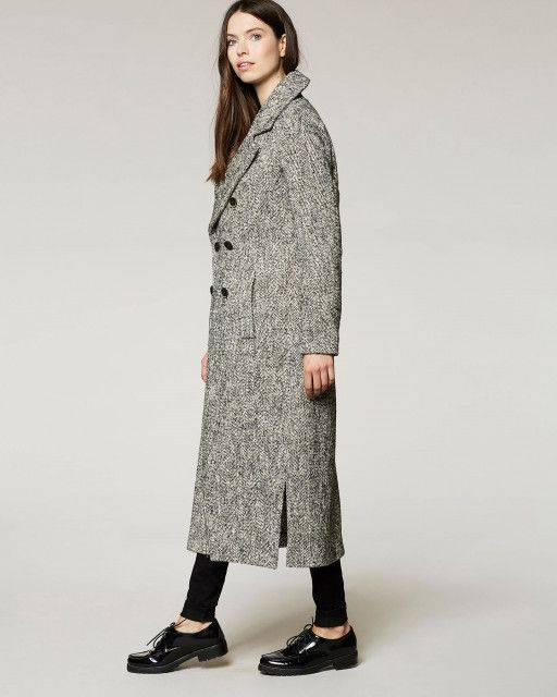 Long coat in black
