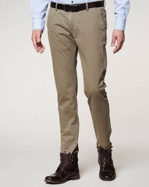 Leisure trousers in light brown