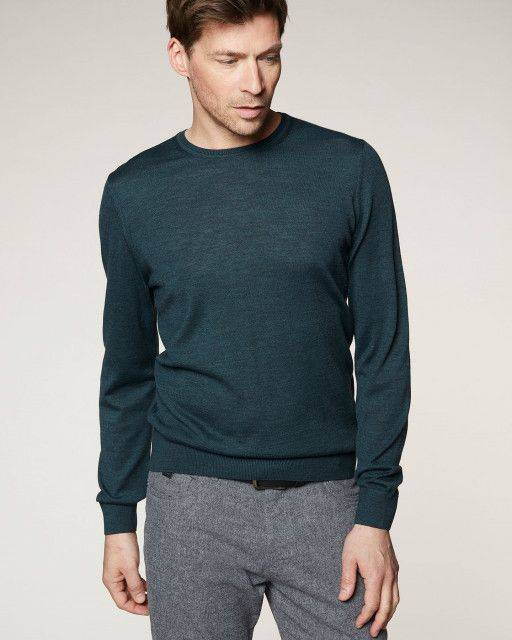 Fine jumper in green